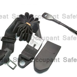 RETRACTABLE 3 BOLT HOLE LAP/SASH SEAT BELT AT 99º SEEN ON PILLAR WITH 250MM CABLE BUCKLE